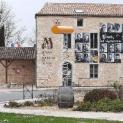Il cvt gigante di Maison du tourisme et du vin